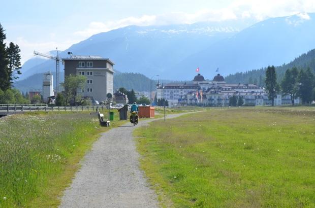 Into Sant Moritz