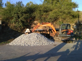 25 tonnes of gravel
